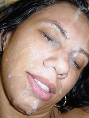 Frauen diskutieren Gesichtsbesamung #14