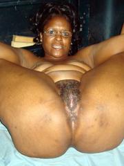 Nude black girls peeing