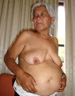 Ethnic Old whores exposes old pussies..